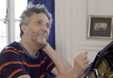 Fito Páez sorprende a sus fanáticos y da recital desde su casa: Cantó «Gracias a la vida» de Violeta Parra