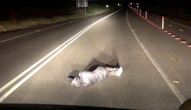 Hombre fue encontrado durmiendo en pleno camino Lo Orozco en Quilpué
