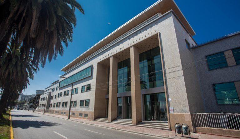 Corte Suprema absuelve a usuarios de clínica Jurídica y de DDHH condenados por consejos de guerra de Valparaiso