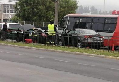 Accidente vehicular deja tres personas lesionadas