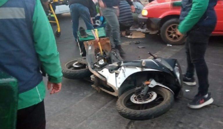 Repartidor de pizza muere tras choque automovilístico